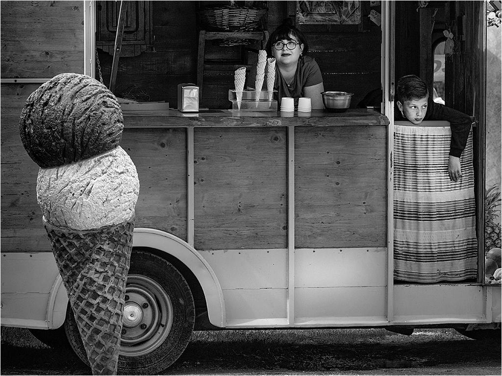 """"""" Le petit stand de glaces """" _1300410"""