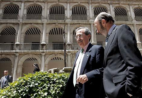 """[PSOE] Rubalcaba: """" ¿Qué legitimidad tiene el Gobierno de España de aprobar una ley electoral dónde solo ellos están de acuerdo?"""" 12437610"""