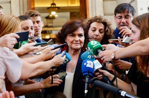 """[GOBIERNO] Carmen Calvo: """"A las derechas españolas que están en un discurso radical e incomprensible, les pediríamos que hagan oposición al Gobierno, pero no a España ni a sus problemas"""" 25071810"""