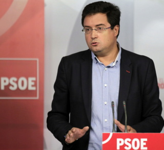 [PSOE] Rueda de Prensa 30 Abril 2014 _6351311