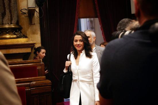 [GOVERN] Projecte de llei per a la restitució efectiva de les institucions catalanes derrocades il·legítimament Foto_310