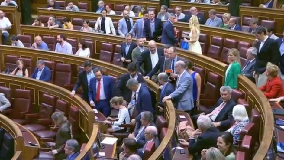 [PSOE] Votación de la Proposición de Ley sobre los Bebés Robados en el Estado español. Iniest10