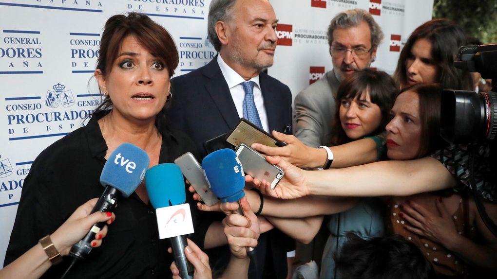 """[GOBIERNO] Dolores Delgado: """"Ni las Cortes Generales ni el Gobierno de España tienen que pedir permiso a entes religiosos"""" Minist11"""