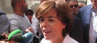 """[Gobierno] Soraya Sáenz de Santamaría: """"si Puigdemont quiere... puede botar con B el 1 de octubre, así se levanta de su sillón y pierde peso"""" Soraya12"""