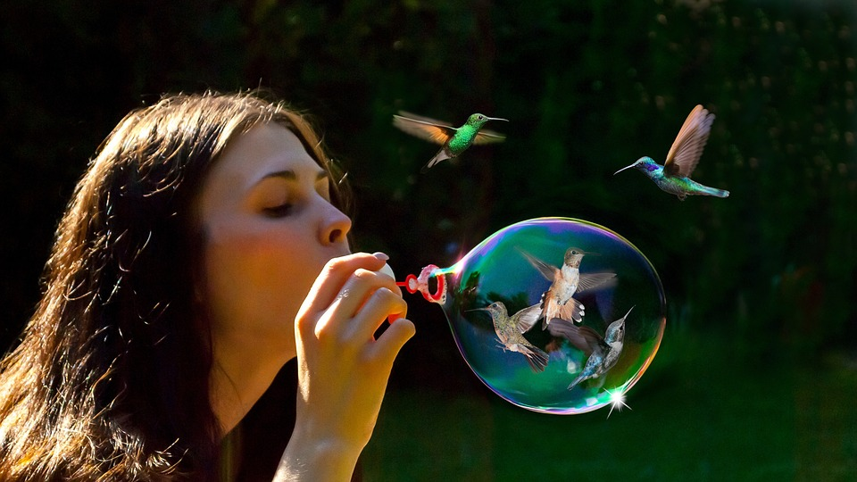 ¡ Burbujas en el aire...! La__10