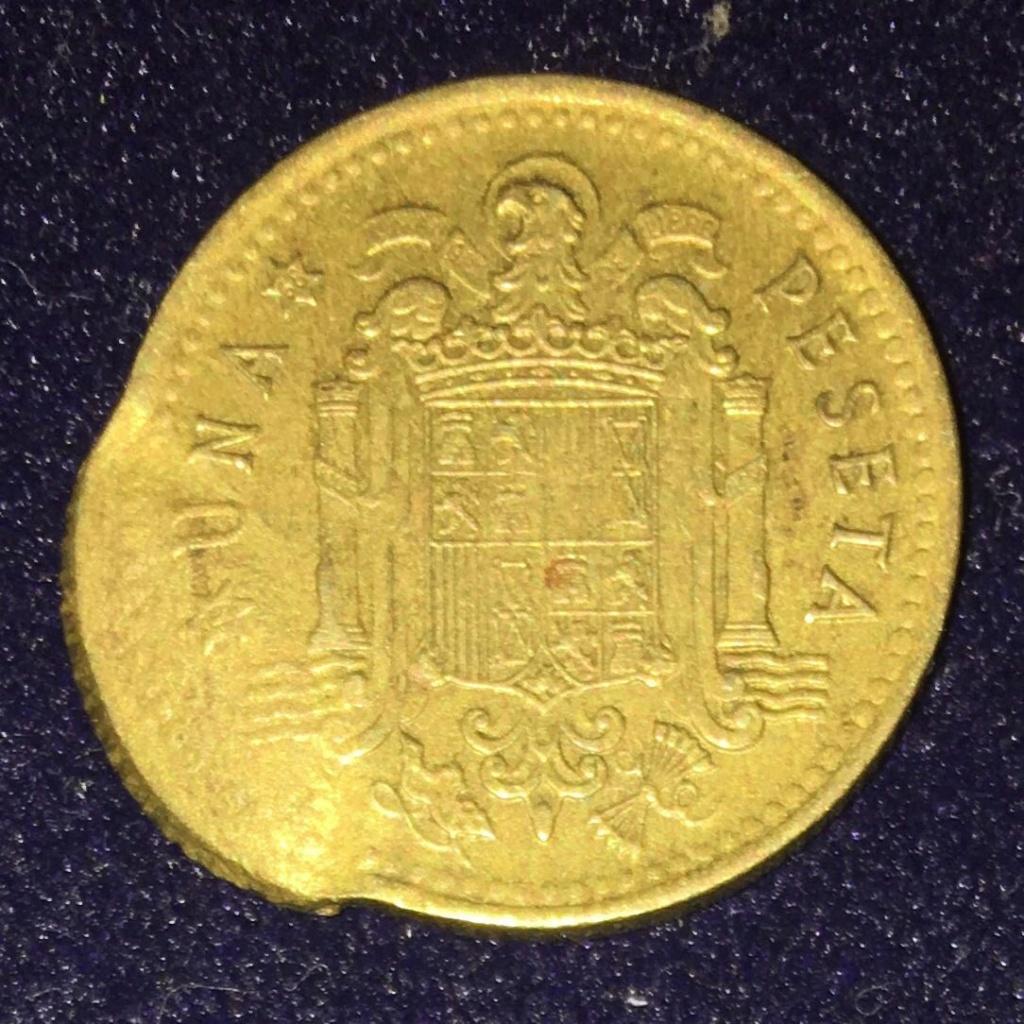 1 PESETA 1966 DOBLE ACUÑACIÓN , POR ANVERSO. Img-2030