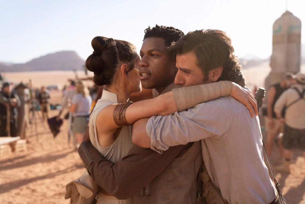 The Rise of Skywalker: Professional Reviews - Page 7 Dzejn910