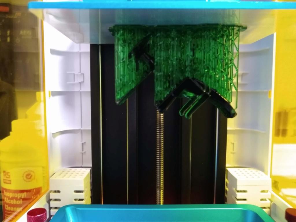 Imprimante 3D SLA - Pour faire un choix - Page 2 Img_2040