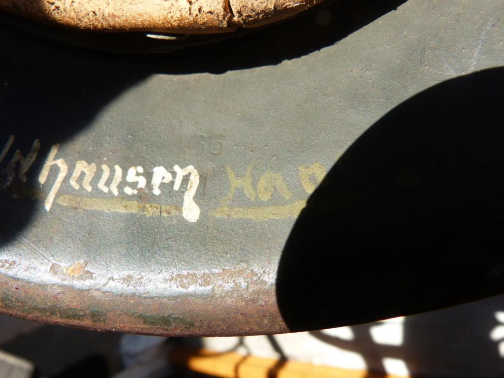 """Aide à l'identification paire de casques """"Normandie"""" P1210833"""