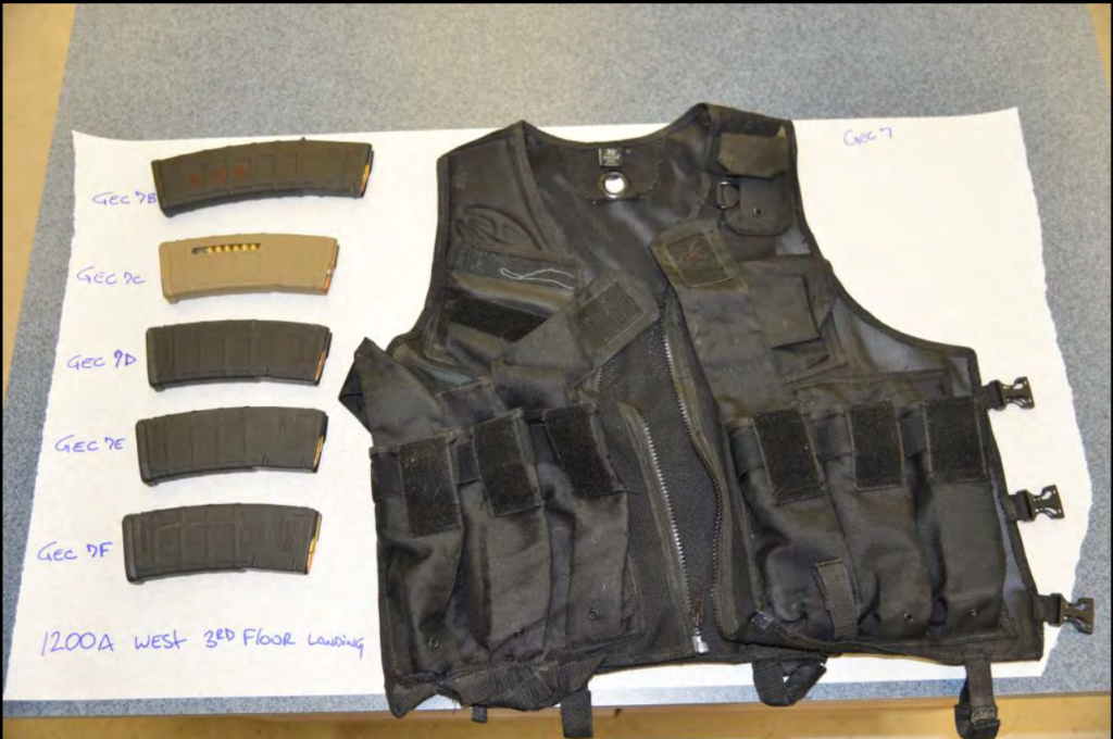 Outfits of mass murderers - Page 2 Vest11