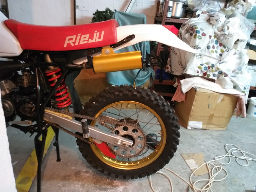 Rieju MR 80, transformación y restauración. - Página 2 20191012
