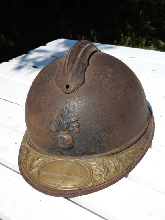 Deux casques Adrian Mle15 Dscn0714