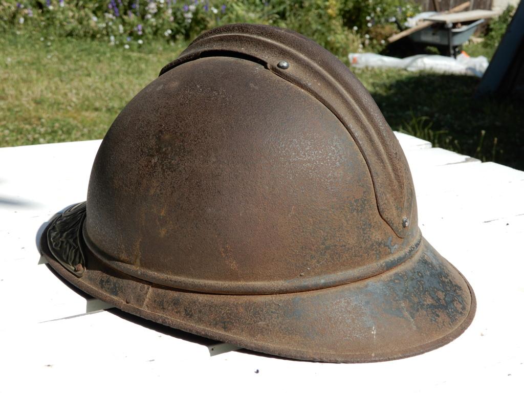 Deux casques Adrian Mle15 Dscn0812