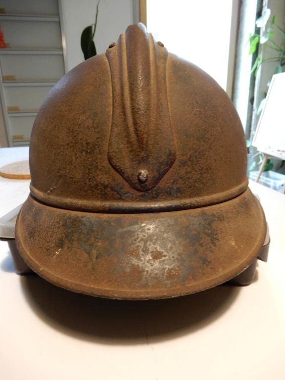 Deux casques Adrian Mle15 Dscn0813