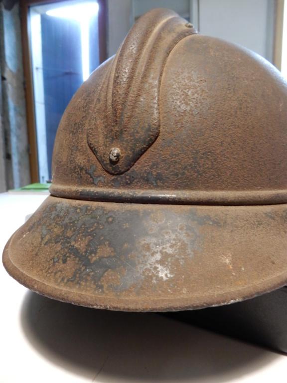 Deux casques Adrian Mle15 Dscn0815