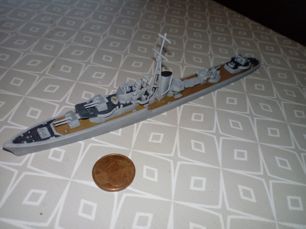 HMS Kipling 1/700 Img_2067
