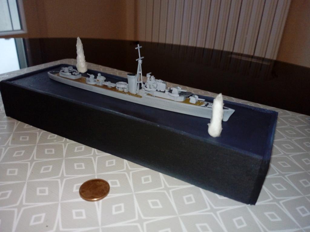 HMS Kipling 1/700 Img_2068