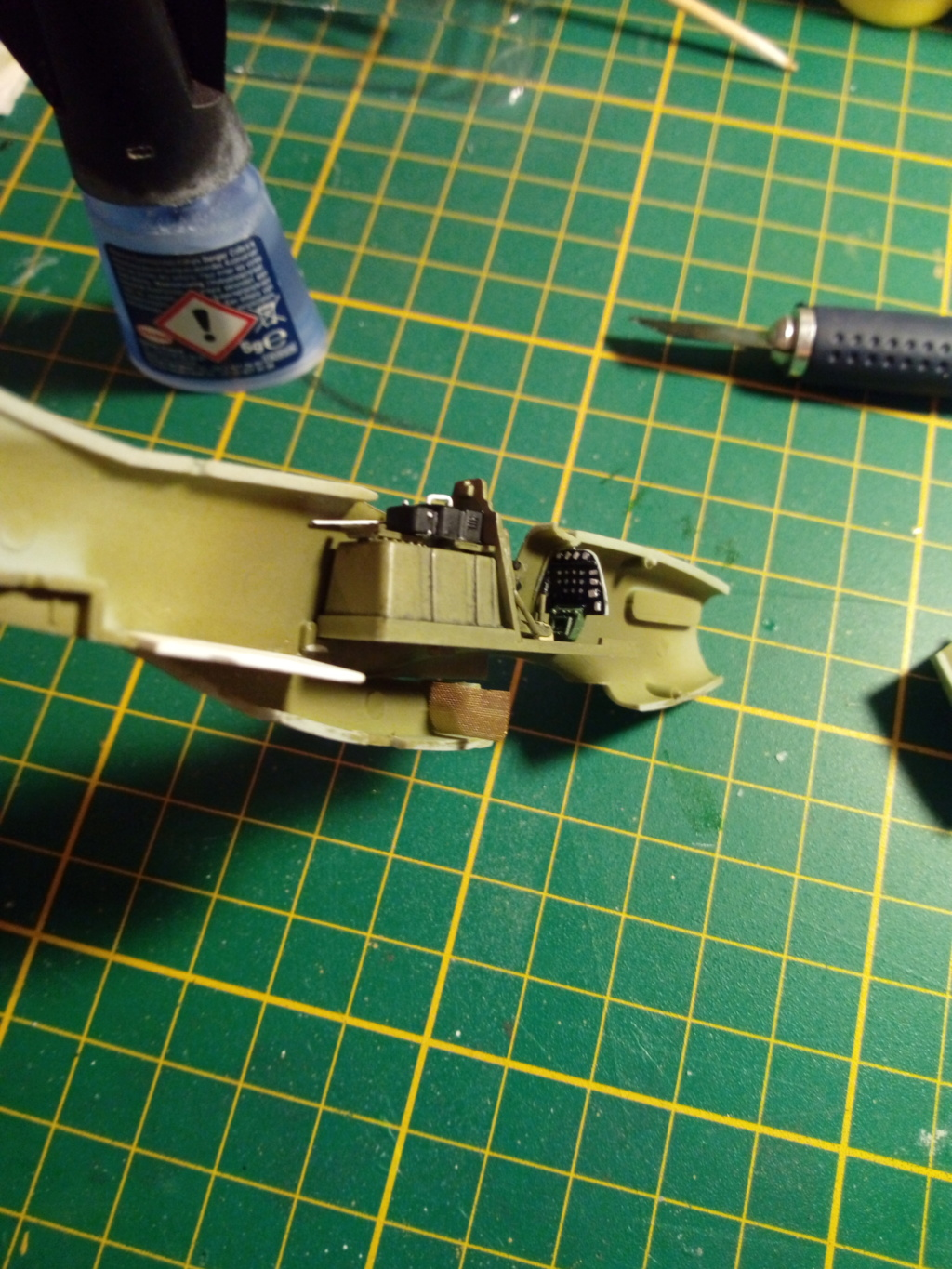 Mustang P51D 1/72 Academy Img_2108
