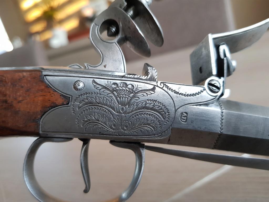 numero d'identification / regimentation sur un pistolet 20200122