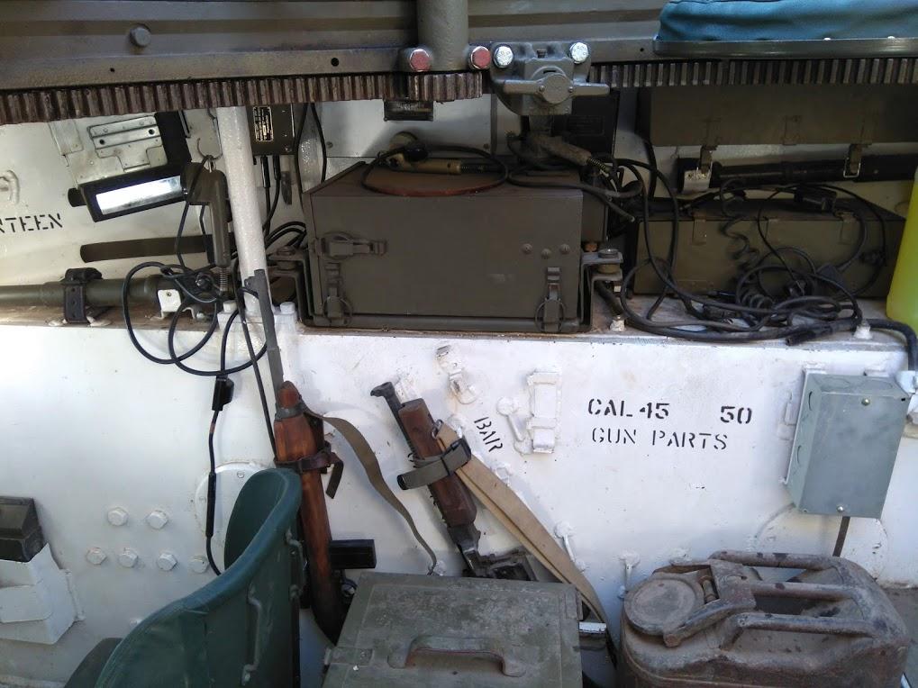 interieur d'un HMC M8 Intzor15