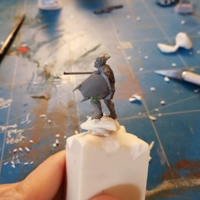 [Les combattants du Gouffre] Uruk-hai surplombant le Mur Img_2016