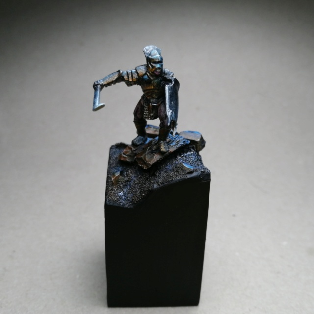 [Les combattants du Gouffre] Uruk-hai surplombant le Mur Img_2028