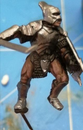 [Les combattants du Gouffre] Uruk-hai surplombant le Mur Screen13