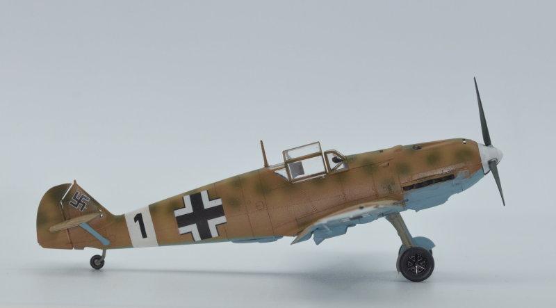 Série Bf 109 versions rares - Page 3 Bf_10985