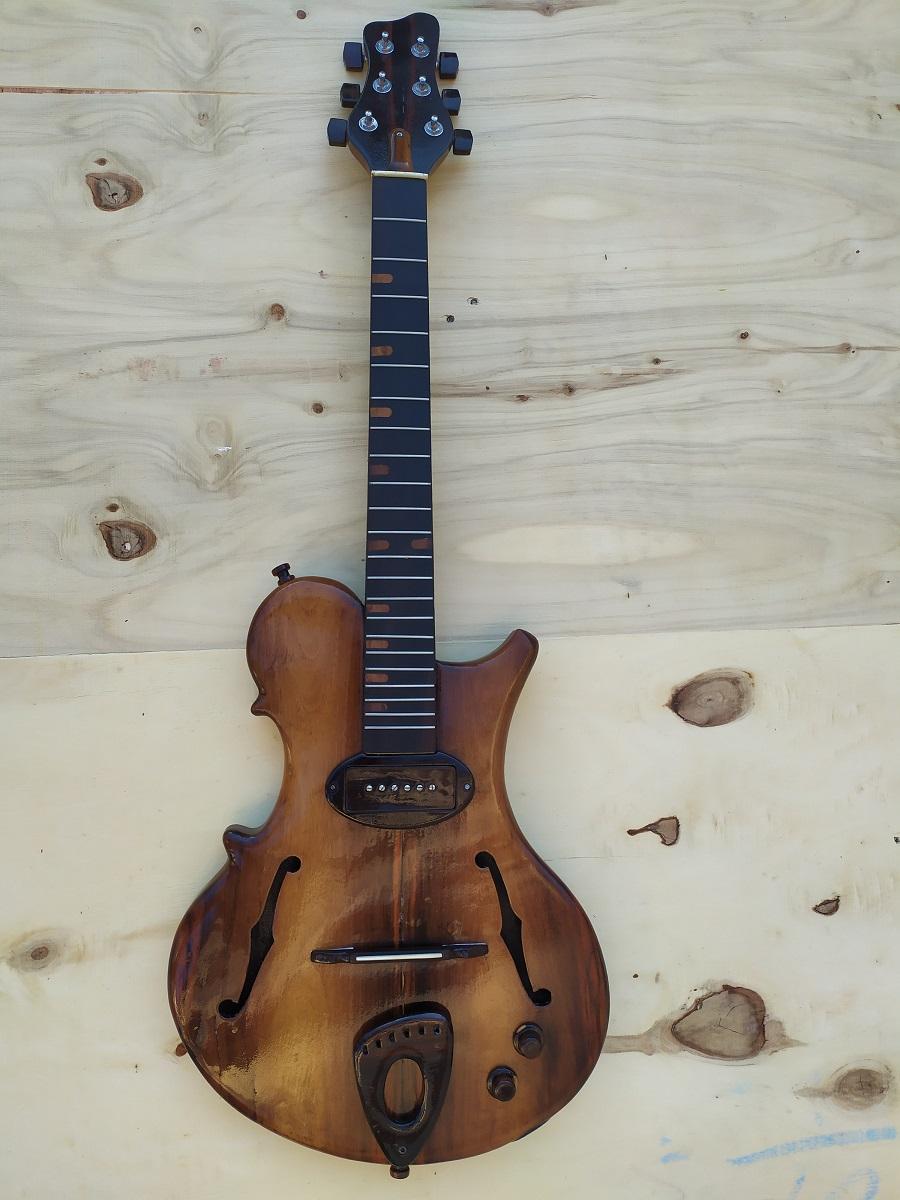 Nova tentativa - Guitarra F_0110
