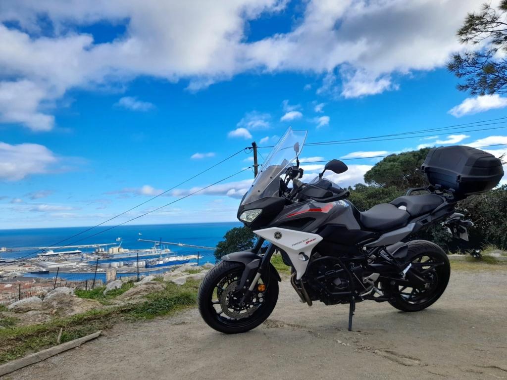 De retour en moto avec LA MT-O9 Tracer ! 13815210