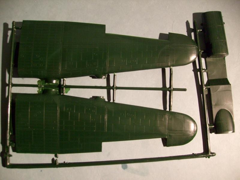 Comparatif AVRO LANCASTER B1 SPECIAL vs AVRO LANCASTER BIII DAM BUSTER 1/72èmeme S7302061