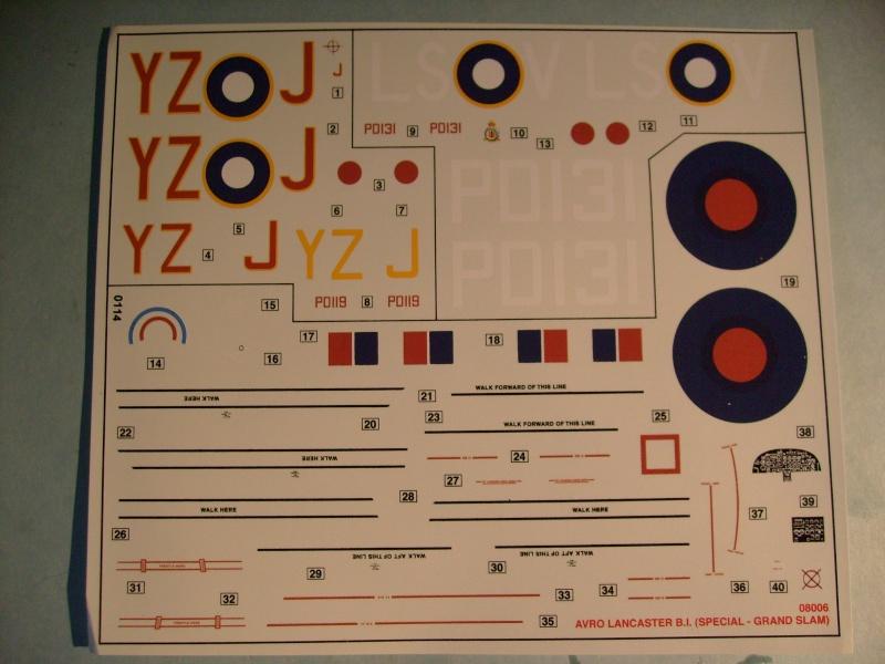 Comparatif AVRO LANCASTER B1 SPECIAL vs AVRO LANCASTER BIII DAM BUSTER 1/72èmeme S7302119
