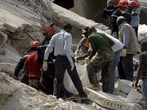 Effondrement en Haiti:  de la mairie  au  propriétaire de l'école . 20081110