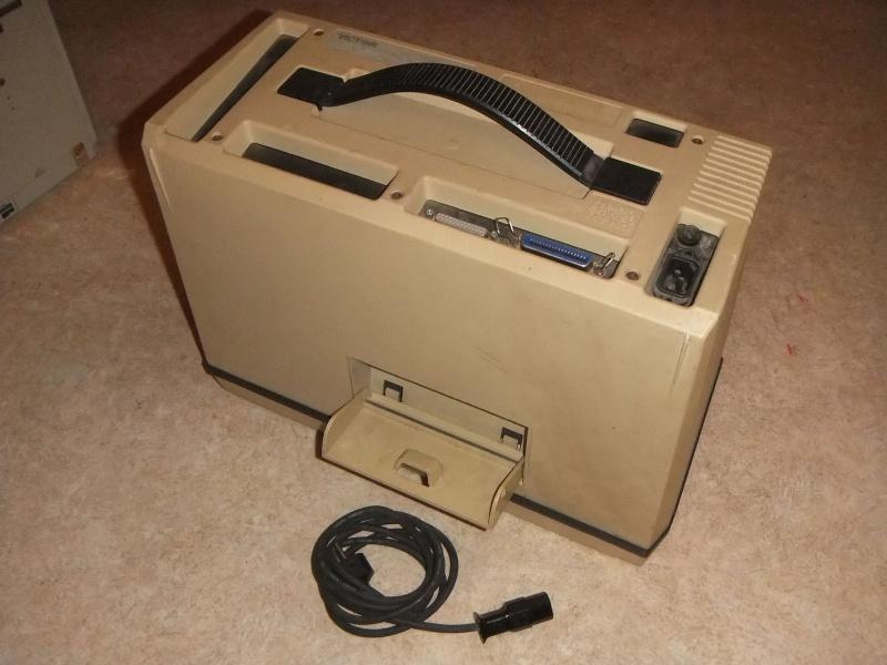 Ordinateur portable Vicki (fabricant : Victor USA) Dscf2818
