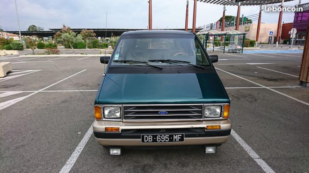 Un Ford Aerostar de 1991 Ford_a11