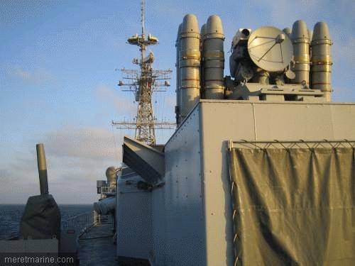 Une chasse au sous-marin sur la frégate Latouche-Tréville 1201310
