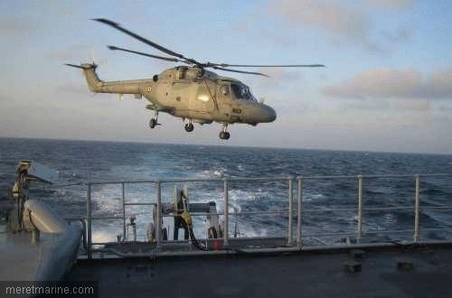 Une chasse au sous-marin sur la frégate Latouche-Tréville 1205410