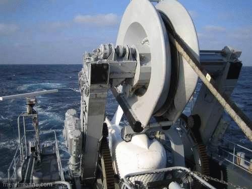 Une chasse au sous-marin sur la frégate Latouche-Tréville 1213810