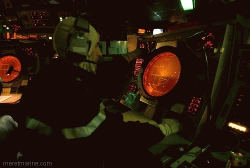 Une chasse au sous-marin sur la frégate Latouche-Tréville 1214410