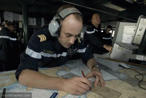 Une chasse au sous-marin sur la frégate Latouche-Tréville 1214510