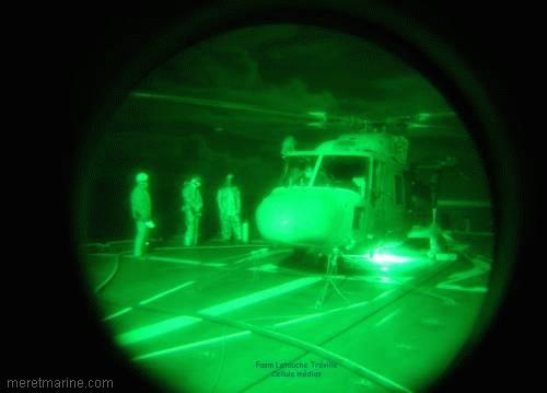 Une chasse au sous-marin sur la frégate Latouche-Tréville 1214710