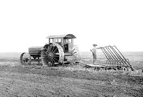 Photographiez des tracteurs ! Tucent10