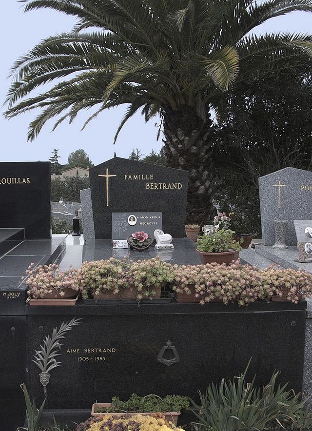 Carnets de Bord d'outre tombe Caveau10