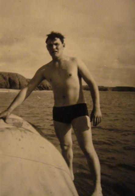 [Les traditions dans la Marine] Le slip de bain en laine P1070410