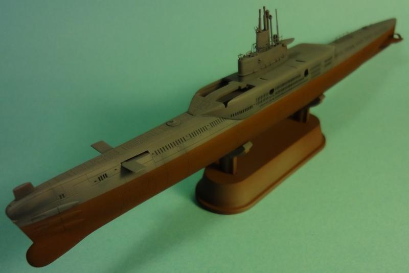 [Hobbyboss 1/350] Wuhan class submarine type 033G - Page 2 Wuhan_35