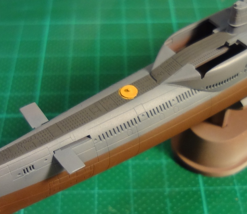 [Hobbyboss 1/350] Wuhan class submarine type 033G - Page 2 Wuhan_41