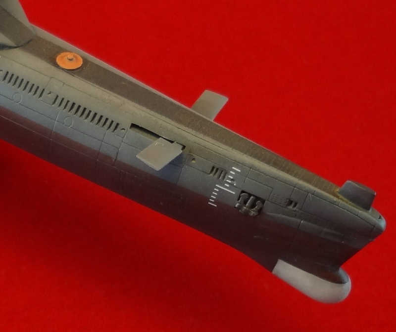 [Hobbyboss 1/350] Wuhan class submarine type 033G - Page 2 Wuhan_51