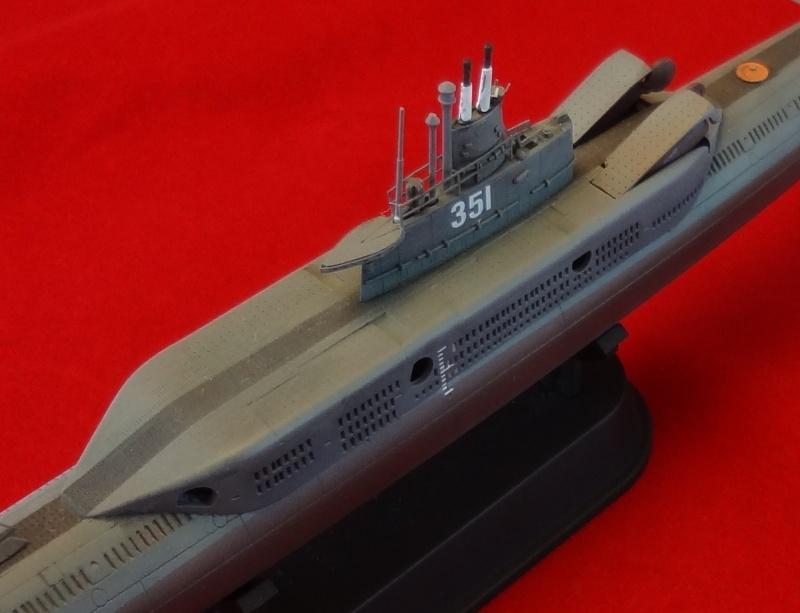 [Hobbyboss 1/350] Wuhan class submarine type 033G - Page 2 Wuhan_54