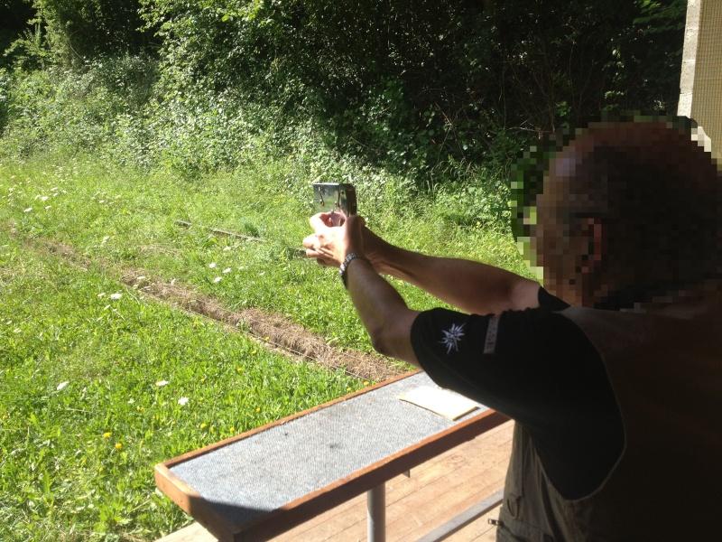 Les armes Suisse : la fin d'un mythe ? Tirfl10