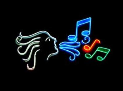 LOS GRANDES MUSICALES Notas-10